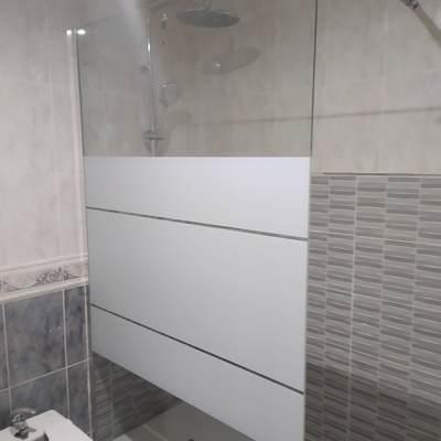 Plato de ducha .