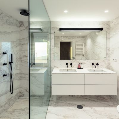 11 suelos de baño para 11 estilos diferentes