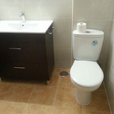 Reformar baño adaptado para personas minusválidas