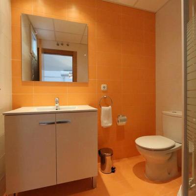 Baño completo apartamento