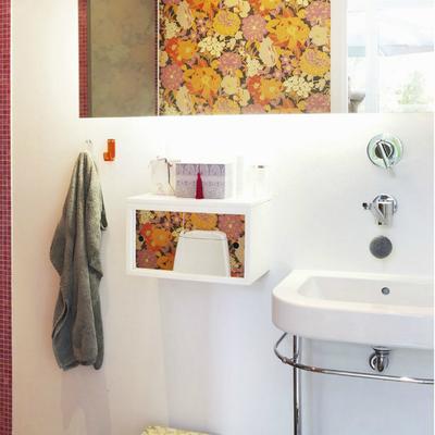 Baño con lavabo exento