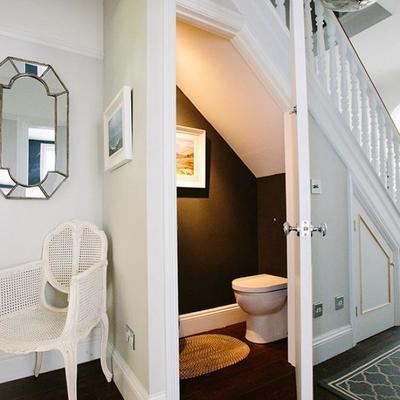 baño escalera