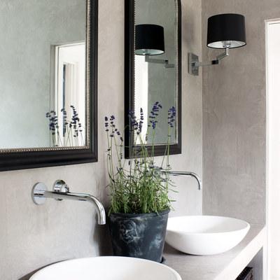 10 razones para amar los baños de microcemento
