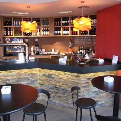 Diseño, y decoración de un bar en Cantabria