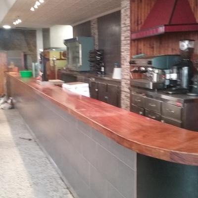 Reforma Restaurante O Faro en Ares, La Coruña.