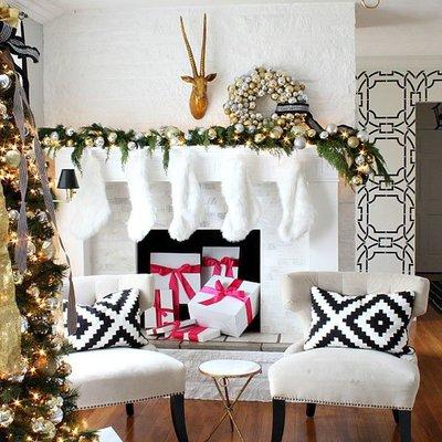 salón con decoración navideña