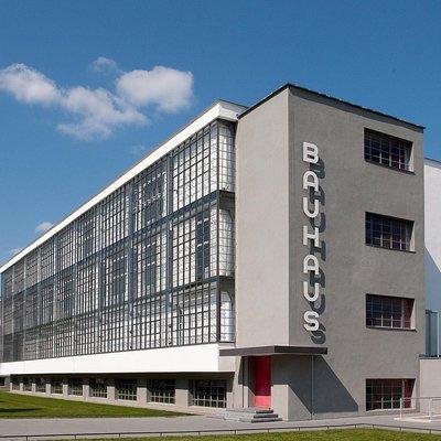 Walter Gropius, el padre renovador de la Bauhaus