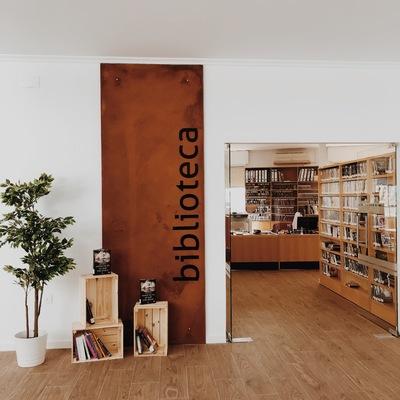 Biblioteca Municipal La Puebla de Almoradiel