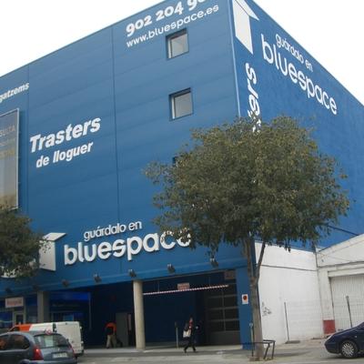 Revestimiento fachada Blue Space