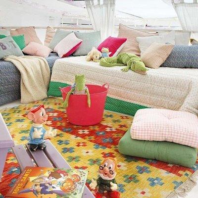 Buhardilla sofá