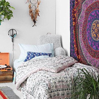 Ideas alternativas para tener un cabecero de cama original