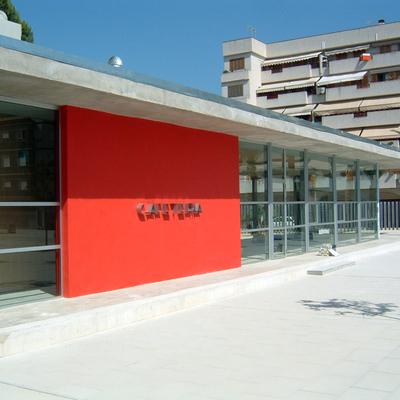 Cafeteria En Plaza Publica