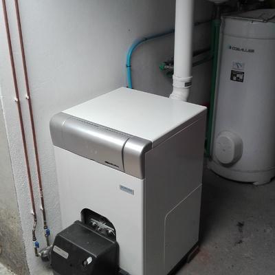 Instalación caldera gasoil condensación DOMUSA