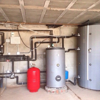 Proyecto de caldera de biomasa en un chalet residencial de 350m2 en Montecanal en Zaragoza