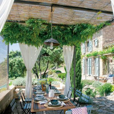 Los mejores materiales low cost para tu terraza