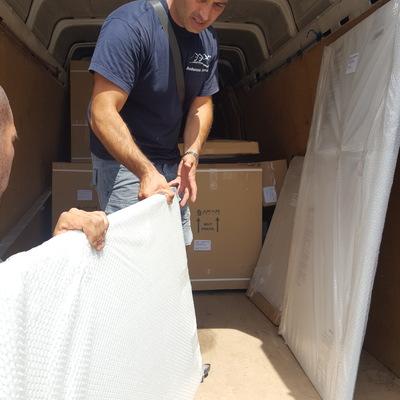 Nuestro trabajo///mobilario embalado y cargado///