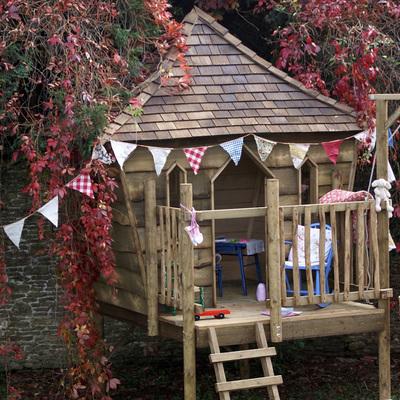 Vuelve a ser un niño y construye tu propia casa del árbol