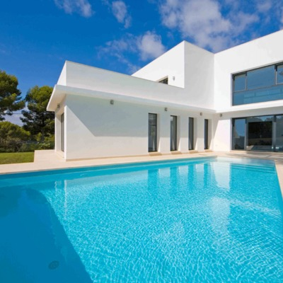 Casa nueva en Santa Ponsa con piscina y jardin