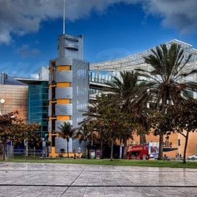 Centro Comercial EL MUELLE - Gran Canaria - (maquinaria utilizada para cimentación)