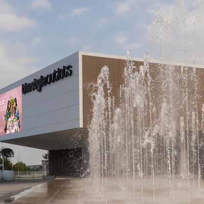 """Tienda """"Boxeur des Rues"""" en Centro Comercial """"TheStyleOutlets"""" de Viladecans"""