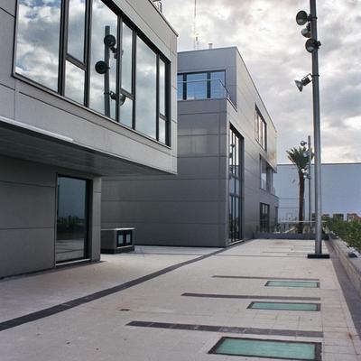 Centro de negocios Almazora, vista lateral