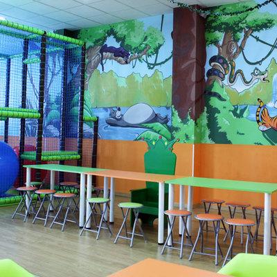 Centro de Ocio Infantil y Local de bolas