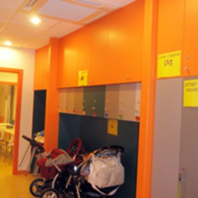 Centro Materno Infantil en la Calle Rull