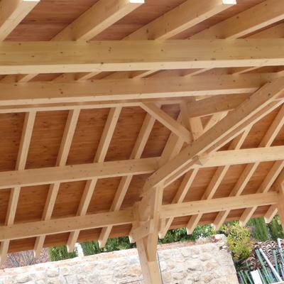 Porches y espacios nuevos en madera laminada