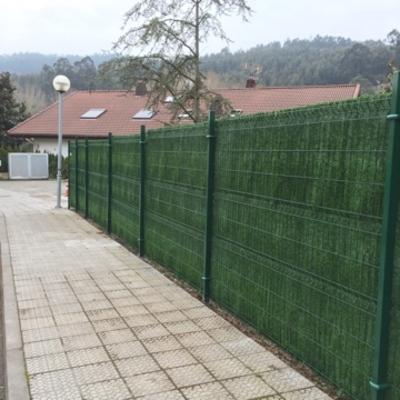 Cierre con seto artificial en Madrid