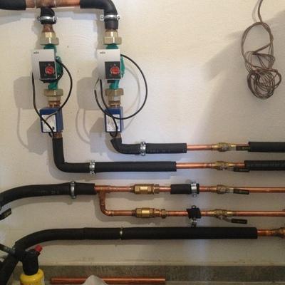 Instalacion para calefaccion y agua caliente en montalbo