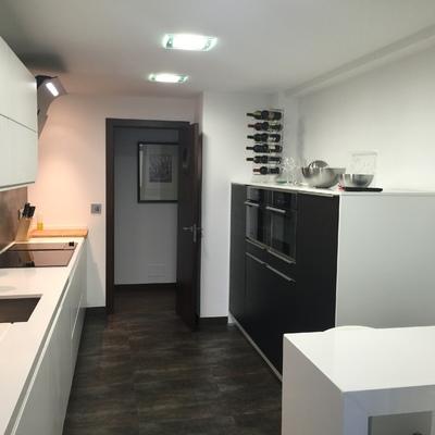 Ideas y fotos de cocinas de estilo moderno en pontevedra - Cocinas en pontevedra ...