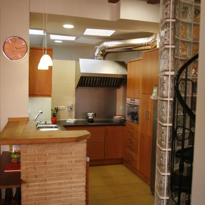 Rehabilitación integral de casa de pueblo en Paterna