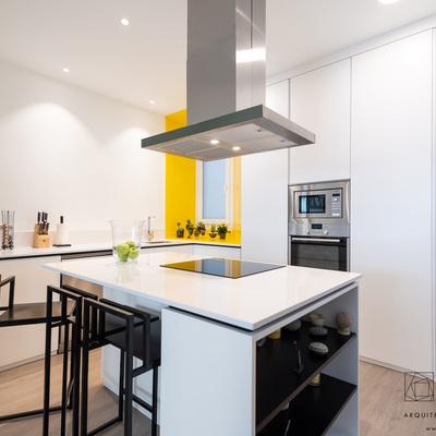 Reforma integral de vivienda y diseño de mobiliario
