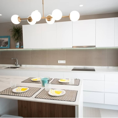 Mobiliario de cocina con isla