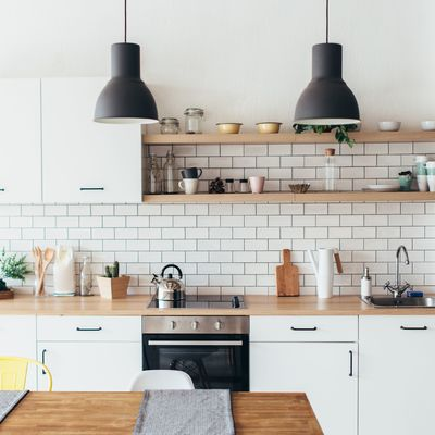 7 cocinas modestas y súper prácticas