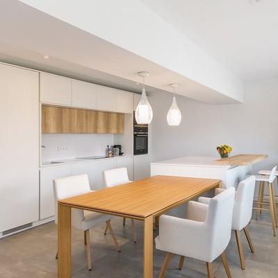 Cocinas abiertas con dos frentes: ventajas funcionales y decorativas