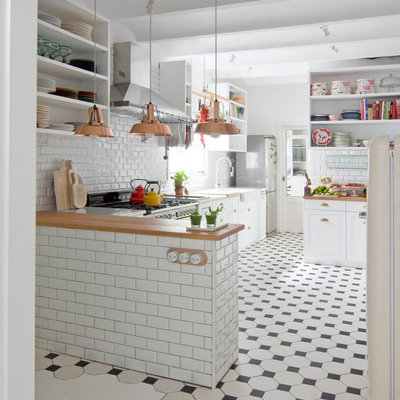 Cocina barra azulejo