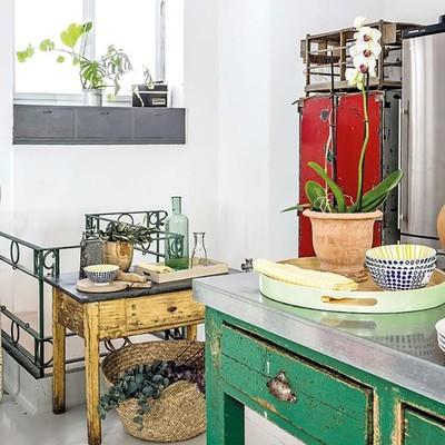 Cocina con elementos vintage