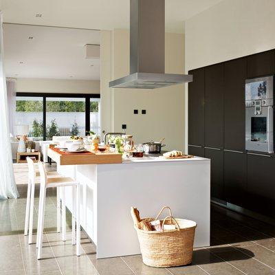 Ideas y fotos de campana extractora central para - Cocina con isla central ...