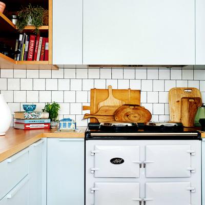 Cocina con mobiliario en azul