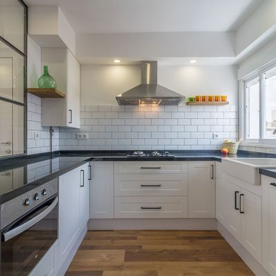 Cómo distribuir tu cocina para que parezca más grande