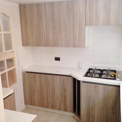 Ideas de cocinas en illes balears para inspirarte - Cocinas madera clara ...