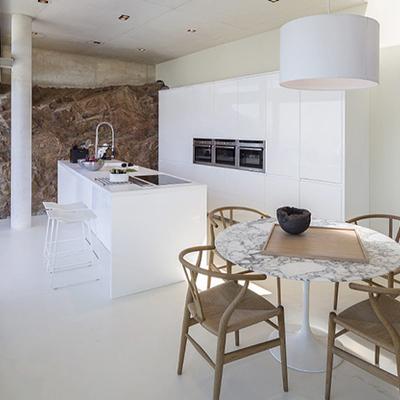 Déjate seducir por la cocina de este espectacular chalet en Begur