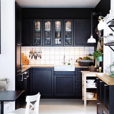 El negro sí es un color (para tu cocina)