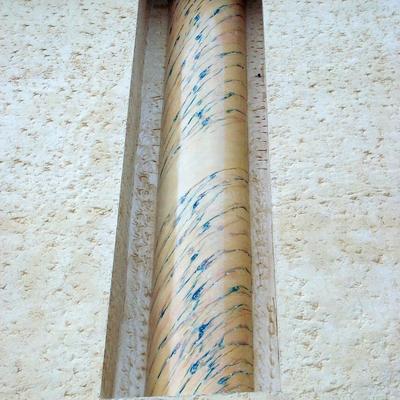 Columna imitación amarillo de Siena