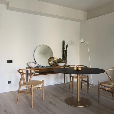 Comedor con muebles de diseño