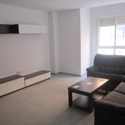 Edificacion de 14 viviendas, 14 garajes en semisotano,  14 trasteros y 3 plazas de garaje en superficie en Valencia