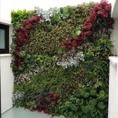 Instalación de composición de Jardín Vertical 100% artificial