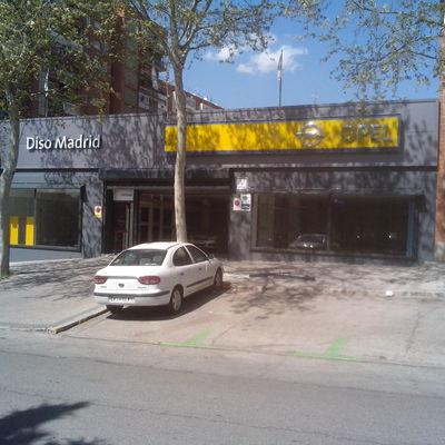 Concesionario Opel, Sinesio Delgado