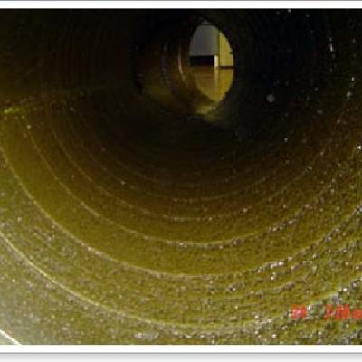 Conducto de campana extractora sucio